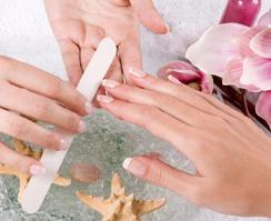 Ногтевой сервис: услуги маникюра и педикюра